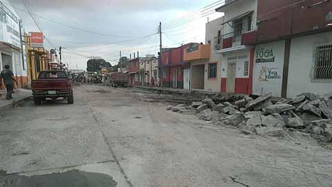 Ordena Manuel Velasco Reconstrucción de Diversas Calles y Avenidas en Tapachula