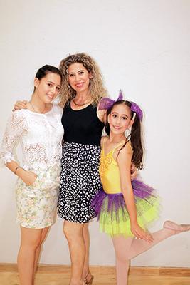 Natalia Gil, Esther Navarro, Valentina Gil.