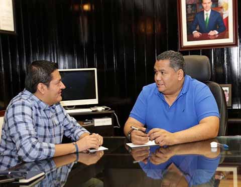 Diputado y Presidente Municipal Sostienen Reunión de Trabajo