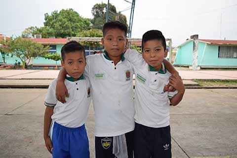 Fabricio Morales, Sergio Pérez, Moisés Quezada.