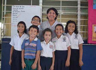 Alumnos del Tercer Grado a cargo de Adriana Galván Ordóñez.