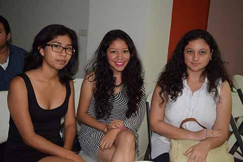 Diana López, Paulette Ramírez, Ximena Córdova.