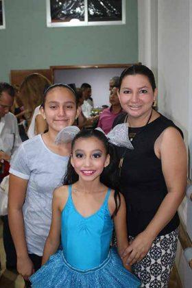Mildred Hernández, Natalia, Elissa Medina.