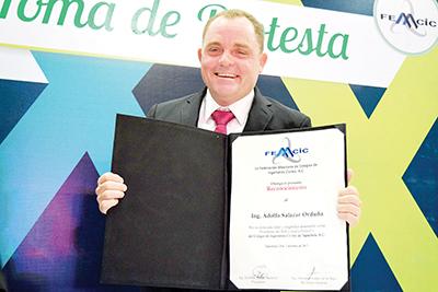 Adolfo Salazar.