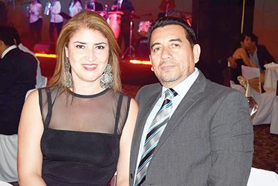 Isabel Flores, Luis Roblero.