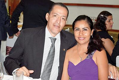 Alfredo Torres, Adriana Domínguez.