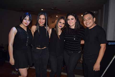 Hyvanna Zwanzinger, Manuel Molina, Nicole Aceves, Majo Fierros, Ana José Avendaño.