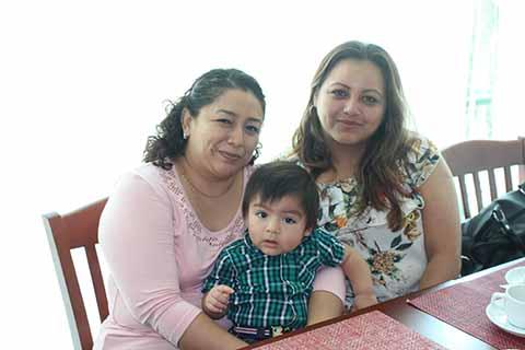 Selene Hernández, Brenda Moreno, Itzae EScobar.