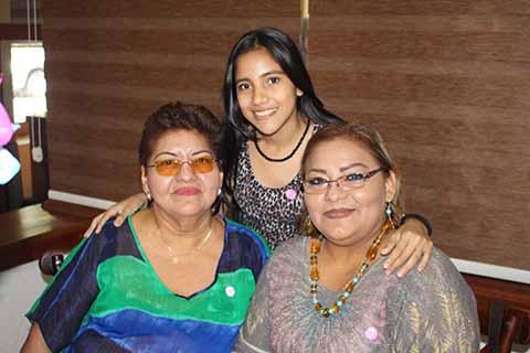Lilia Guillén, Guadalupe Ventura, Marcia Toledo.