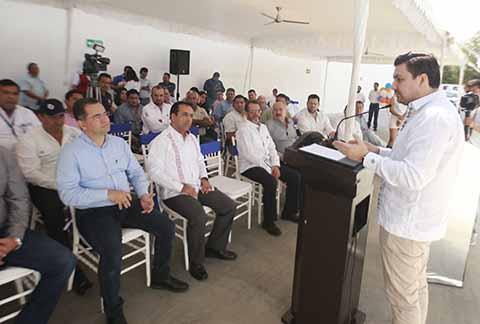 Se Generan más Empleos y Desarrollo con Inversión Privada: Fernando Castellanos