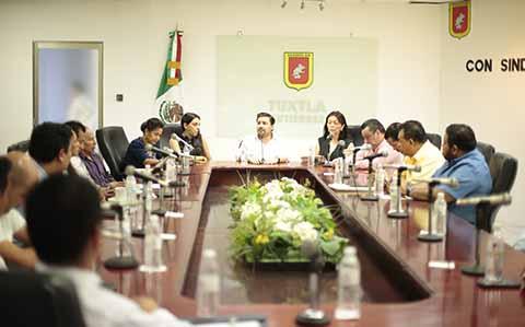 Fernando Castellanos Aliado de la Base Trabajadora del Ayuntamiento de Tuxtla