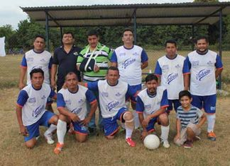 Deportivo Corona Golea a Zorros