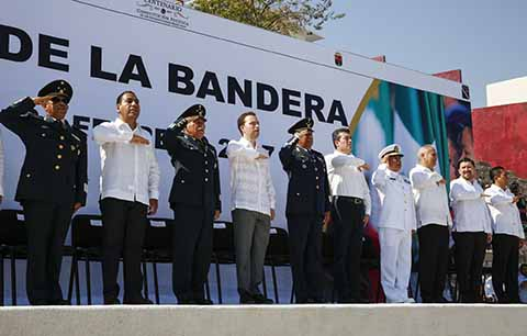 Conmemora MVC los 196 Años de la Bandera de México