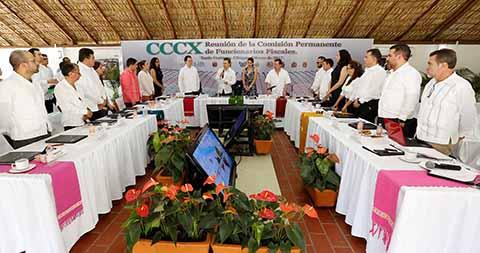 El Gobernador recibió a participantes de la CCCX Reunión Nacional de la Comisión Permanente de Funcionarios Fiscales.