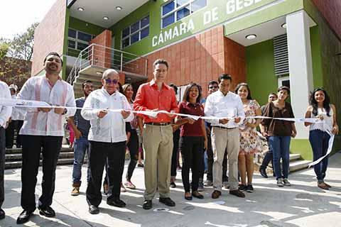 Fortalece Velasco Infraestructura en Educación Superior