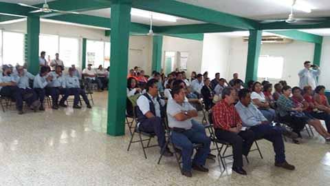 Telefonistas Presentan más de 20 Mil Amparos en Contra del Gasolinazo
