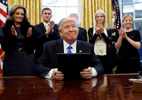 Otro Revés a Donald Trump, Juez Veta Nuevo Decreto Migratorio