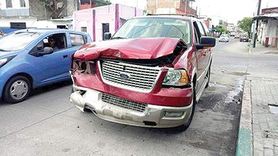 Daños Materiales en Aparatoso Accidente