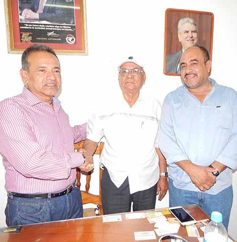 Armado Escobar Toma Posesión Como Encargado de la CTM Regional