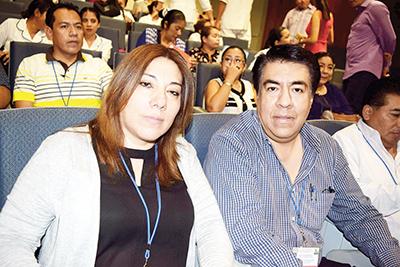 Armando Flores, Sandra Maldonado.