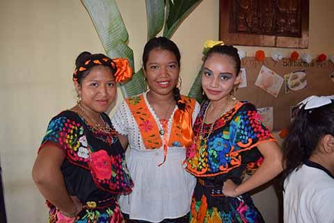 Arely Pérez, Suany Hernández, Luz Roblero.