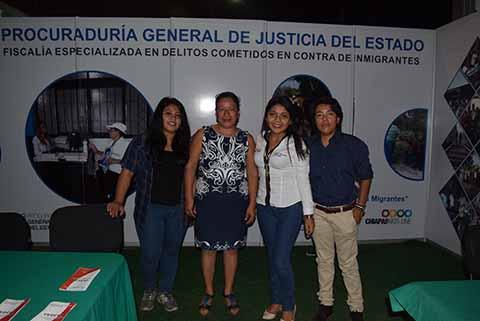 De la Fiscalía Especializada en Delitos Cometidos en Contra de Inmigrantes: Lupita Flores, Norma García, Karen Ovalle, Delci Orduña.