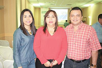 Mildred Espinosa, Alma Cueto, Feliciano Reyes.