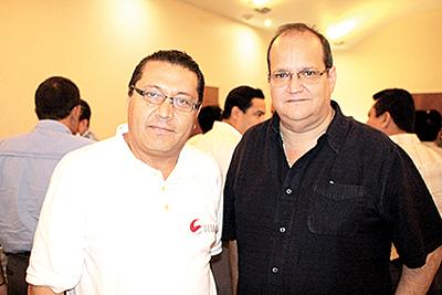 Carlos Gibran, Antonio Armas.