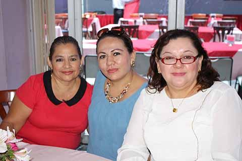 Maricela Rabeles, Janeth García, Patricia Córdova.