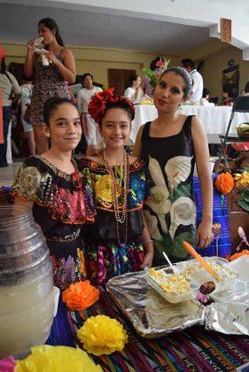 Leslie García, Julieta López, Anette Gómez.