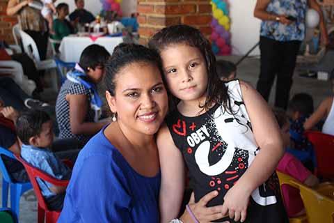 Ana Velasco, Andrea García.