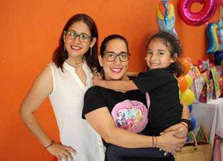 Valeria Morales, Gabriela Arrevillaga, Sofía Garza.