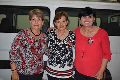 Delina Zarate, Magdalena Aguilar, Carina Martínez.