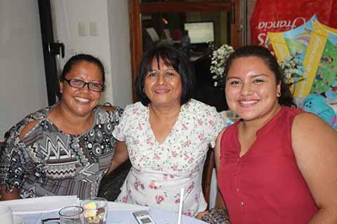 Emilia García, Mariacruz Molina, Daniela de León.