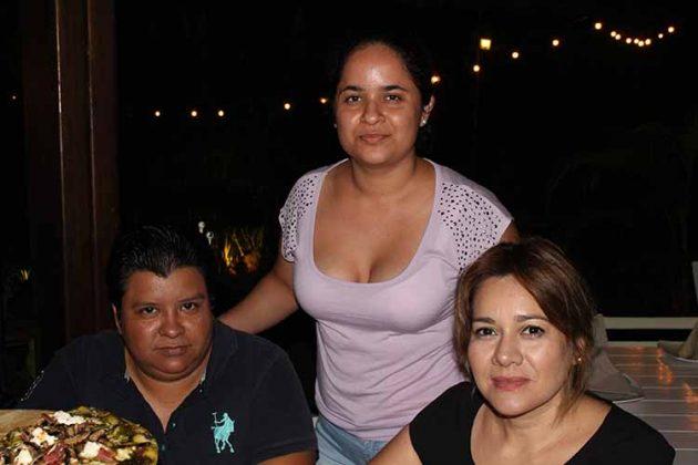 Mercedes del Carpio, Jessica Arteaga, Cristina Díaz.
