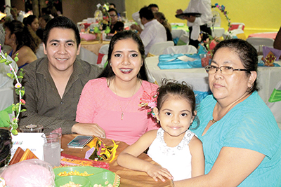 Familia Victorio Marroquín.