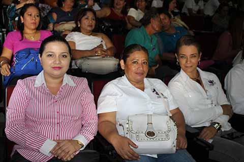 Sharon Aguilar, Lucia Sánchez, Olivia Zwanzinger.