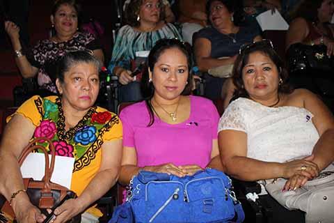 Alicia Ángeles, Gaby Morales, Angélica Rincón.