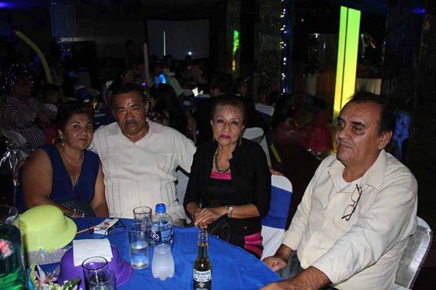 Teresa González, José Carballo, Mariela González, Jaime Arenas.