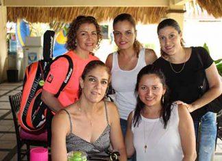Dunya Solís, Aline Levet, Magda Levet, Roxana D´Elia, Zussette Barrios.