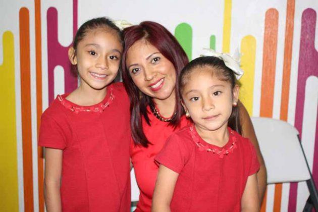Paola Nivón, Paola Méndez, Ximena Nivón.