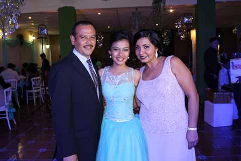 Pablo, Natalea Gómez, Tania Reyes.