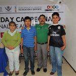 Los seleccionados de Las Margaritas, con sus entrenadores Ricardo Hernández Castillo y Eva Abadía Velasco.