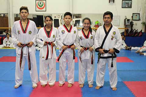 Taekwondoínes a Destacar en Estatal