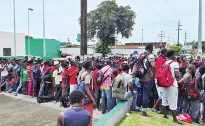 Detectan VIH-SIDA en Flujos de Migrantes, la Mayoría de Casos en Africanos y Haitianos