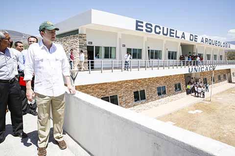 El gobernador inauguró la segunda etapa de la Escuela de Arqueología de la Unicach en Chiapa