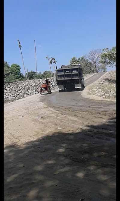 Camioneros Denuncian Saqueo de Material Pétreo del Río Suchiate