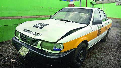 Taxista Chocó por Alcance Contra una Patrulla