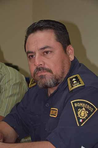 Andrés Pascual Luna Aceituno, comandante operativo del cuerpo de Bomberos.