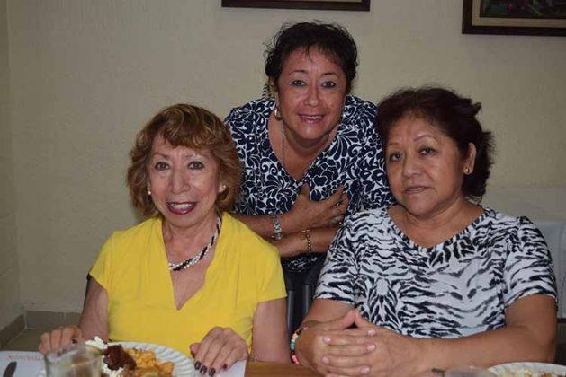 Yoli Osornio, Paty López, Vicky Cárdenas.